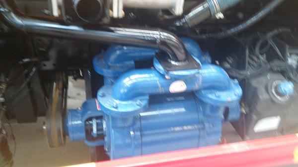 吸污车厂家介绍新款水环式真空泵吸污车